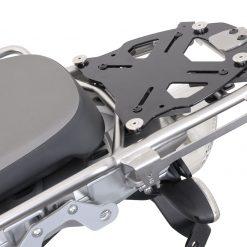 SW-Motech Yleiskiinnikelevy putkiperätelineille TraX-Topcase  musta